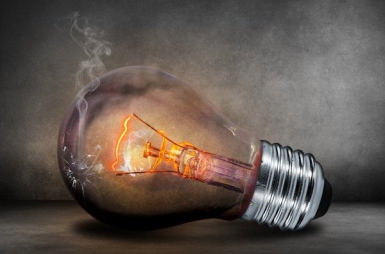 7 tips om te besparen op uw elektriciteitsfactuur