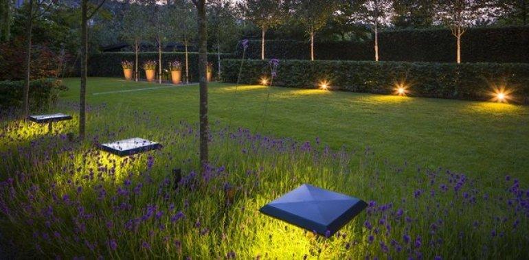 5 tips bij het kiezen van tuinverlichting
